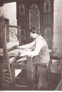 Ethel Mairet making her first experiments at the loom